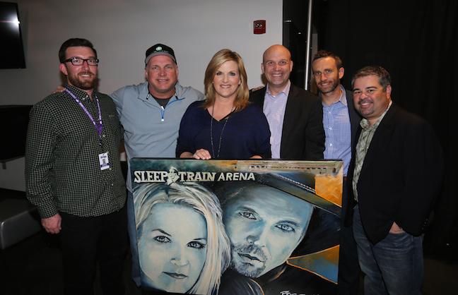 Garth Brooks' World Tour Hits California