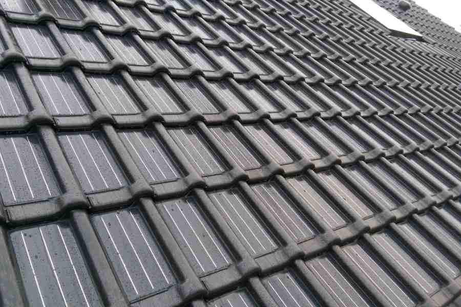 Dakpannen Met Zonnepanelen : Dakpan zonnepanelen zonnepanelen in dakpannen zijn fraai & echt