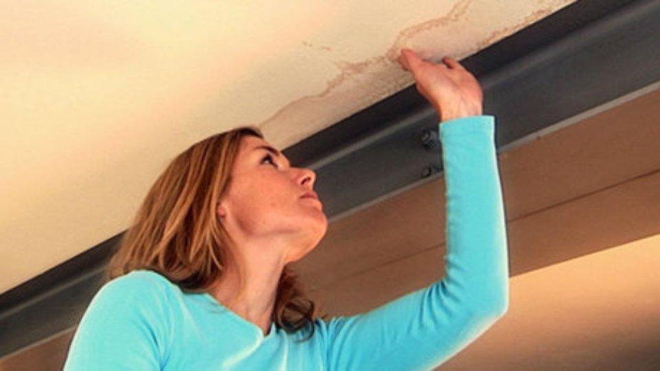 Gevolgschade Lekkage Badkamer : Lekkage in huis verzekering opsporen lekkage dak badkamer en