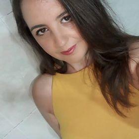 Elena Carmona