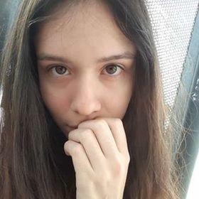 Sally Estrada