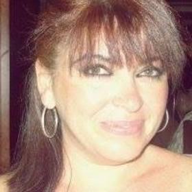 Carmen Paredes