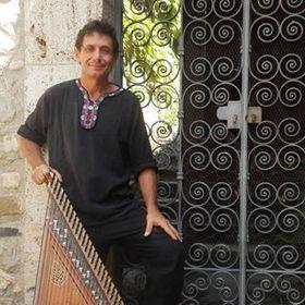 Robert Santamaría