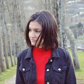 Julia Viqueira