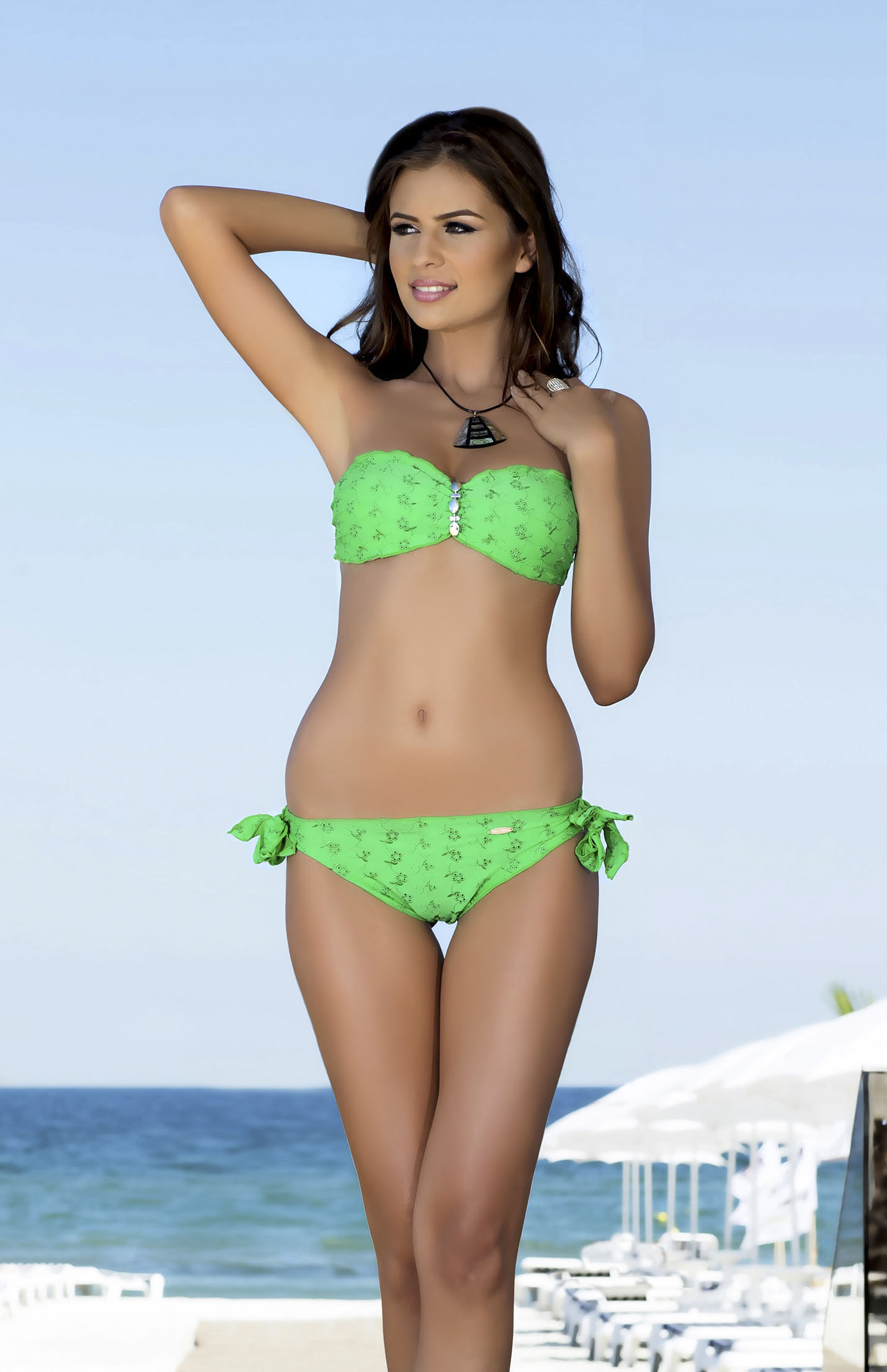 Girl wearing shiny green bikini topic opinion