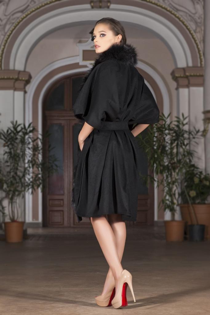 Italian style coat with fox fur alyona