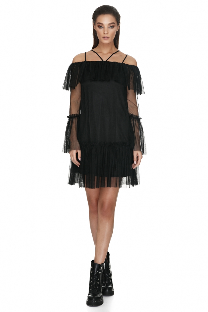 short-lace-dress-with-sleeves-yakira
