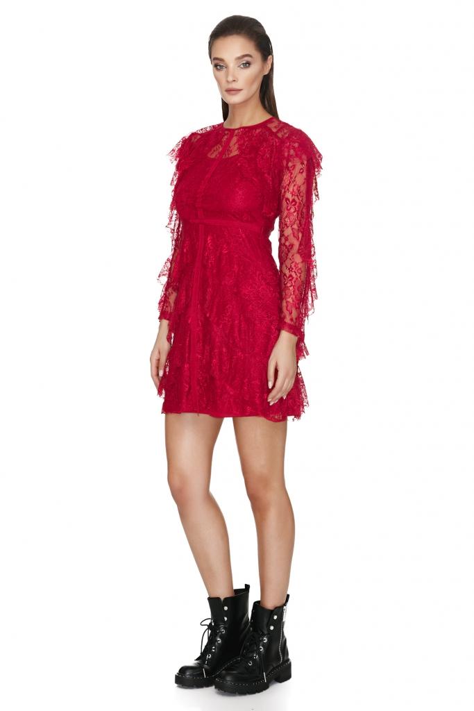 elegant-lace-sheath-dress