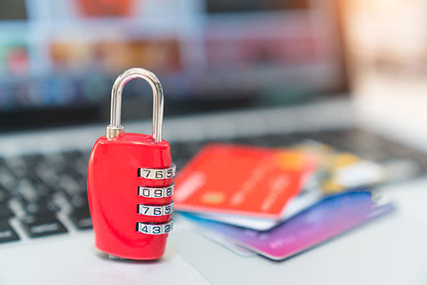 The Top 5 Ways to Defend Against Identity Theft