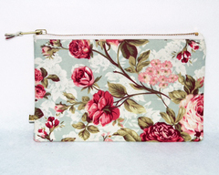Slim Rose Pouch