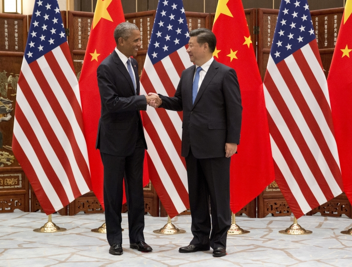 U.S. President Barack Obama, left, and Chinese President Xi Jinping shake hands before a bilateral meeting at Westlake State House in Hangzhou in eastern China's Zhejiang province, Saturday, Sept. 3, 2016. (AP Photo/Carolyn Kaster)