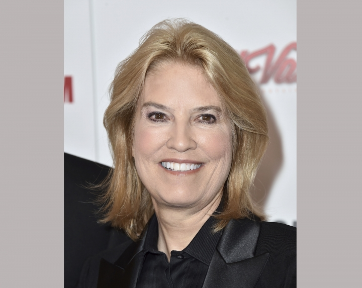 FILE - In this Oct. 30, 2015 file photo, Greta Van Susteren arrives at the 29th American Cinematheque Awards honoring Reese Witherspoon in Los Angeles. MSNBC says it has hired former Fox News host Greta Van Susteren to host a daily, Washington-based news program at the dinner hour. Van Susteren got her start in television for CNN analyzing O.J. Simpson's trial, and that evolved into a regular role. After more than a decade at Fox, she left abruptly in late summer following a financial disagreement, saying Fox no longer felt like home. (Photo by Jordan Strauss/Invision/AP, File)