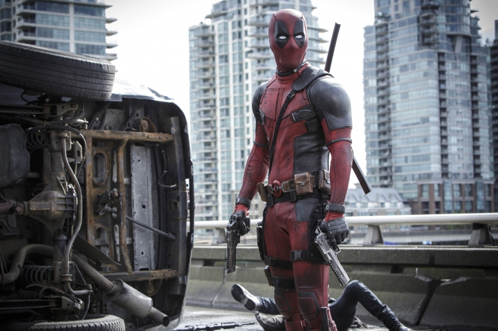 "This image released by Twentieth Century Fox shows Ryan Reyonlds in a scene from the film, ""Deadpool."" The Producers Guild of America has nominated awards season favorites ""La La Land,"" ""Moonlight"" and ""Manchester by the Sea"" for its top award, as well as the R-rated superhero film ""Deadpool."" Winners will be announced in a Jan. 28 ceremony at the Beverly Hilton Hotel. (Joe Lederer/Twentieth Century Fox Film Corp. via AP)"