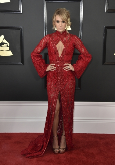 Carrie Underwood arrives at the 59th annual Grammy Awards at the Staples Center on Sunday, Feb. 12, 2017, in Los Angeles. (Photo by Jordan Strauss/Invision/AP)