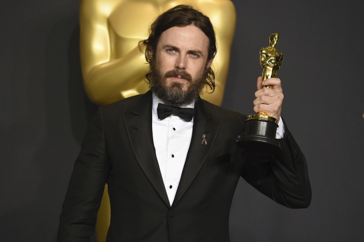 "Casey Affleck poses in the press room with the award for best actor in a leading role for ""Manchester by the Sea"" at the Oscars on Sunday, Feb. 26, 2017, at the Dolby Theatre in Los Angeles. (Photo by Jordan Strauss/Invision/AP)"
