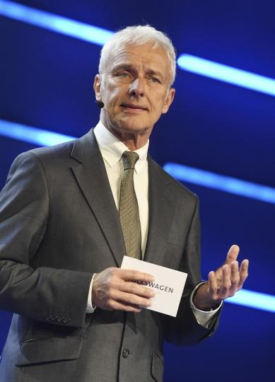 Matthias Mueller, the CEO of Volkswagen, presents VW autonomous concept car Sedric, at the 87th Geneva International Motor Show in Geneva, Switzerland, Monday March 6, 2017. (Uli Deck/dpa via AP)