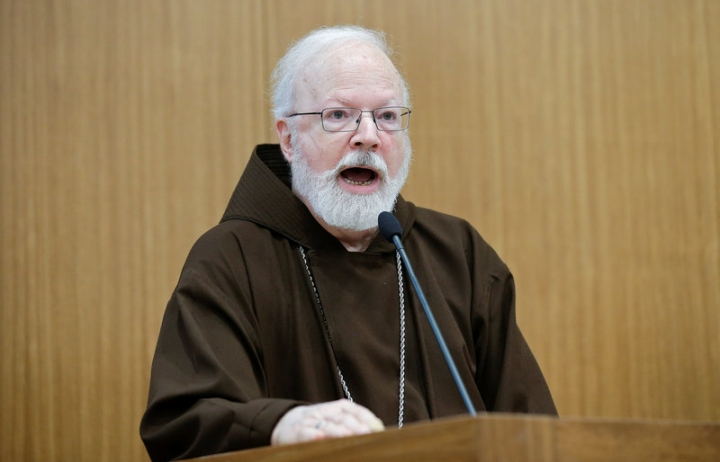 "U.S. cardinal Sean Patrick O'Malley speaks during the ""Safeguarding in Homes and Schools"" seminar at the Pontifical Gregorian University in Rome, Italy March 23, 2017. REUTERS/Max Rossi"
