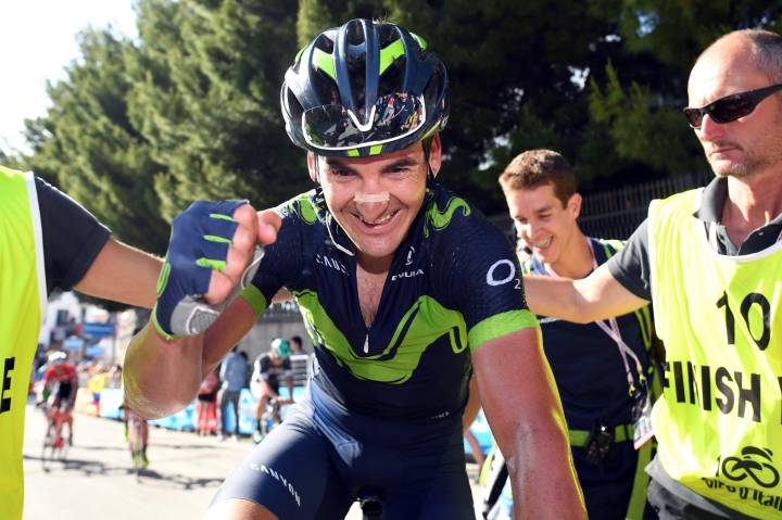 Spain's Gorka Izagirre celebrates after winning the eighth stage of the Giro d'Italia, Tour of Italy cycling race, from Molfetta to Peschici, Saturday, May 13, 2017. (Alessandro Di Meo/ANSA via AP)