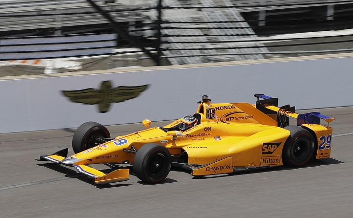 Fernando Alonso, of Spain, drives during a practice session for the Indianapolis 500 IndyCar auto race at Indianapolis Motor Speedway, Monday, May 15, 2017 in Indianapolis. (AP Photo/Darron Cummings)