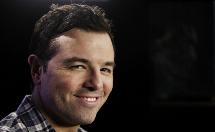 "FILE - In this Saturday, Oct. 1, 2011, file photo, Seth MacFarlane poses for a portrait in Los Angeles. Fox TV is calling on superpowers and MacFarlane to draw viewers this fall 2017. ""The Orville,"" a new space adventure starring and produced by MacFarlane, is set 400 years in the future. It follows the adventures of an exploratory spaceship. (AP Photo/Matt Sayles, File)"