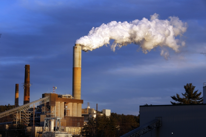 "FILE - In this Jan. 20, 2015 file photo, a plume of steam billows from the coal-fired Merrimack Station in Bow, N.H. President Donald Trump said the United States ""will continue to be the cleanest and most environmentally friendly country on Earth"" as he announced pulling out of an international accord designed to curb climate change. But facts muddy that claim. Data show the U.S. is among the dirtiest countries when it comes to heat-trapping carbon pollution. One nation that has cleaner air in nearly every way is Sweden. (AP Photo/Jim Cole, File)"