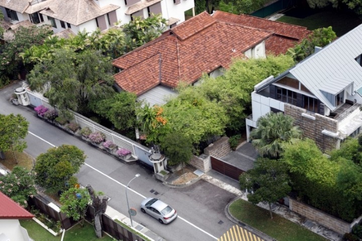 A view of former Prime Minister Lee Kuan Yew's Oxley Road residence in Singapore June 14, 2017. REUTERS/Edgar Su