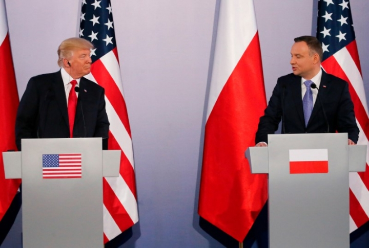U.S. President Donald Trump and Polish President Andrzej Duda hold a joint news conference, in Warsaw, Poland July 6, 2017. REUTERS/Carlos Barria