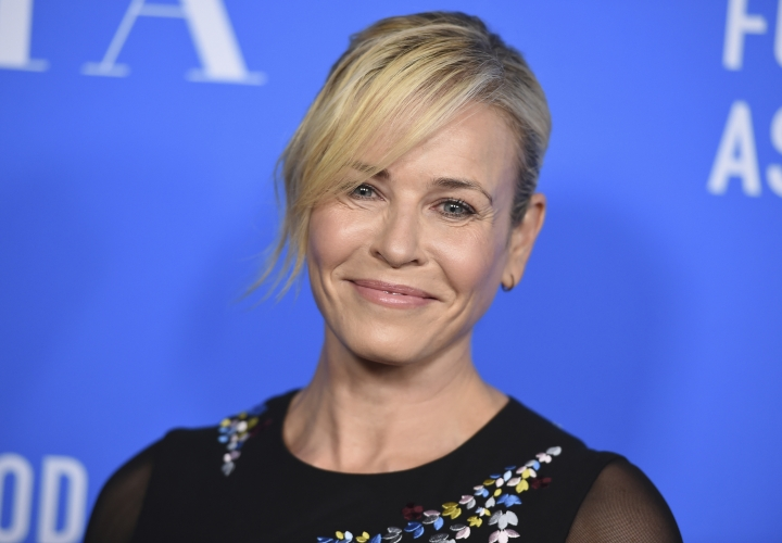 Chelsea Handler arrives at the Hollywood Foreign Press Association Grants Banquet at the Beverly Wilshire Hotel on Wednesday, Aug. 2, 2017, in Beverly Hills, Calif. (Photo by Jordan Strauss/Invision/AP)