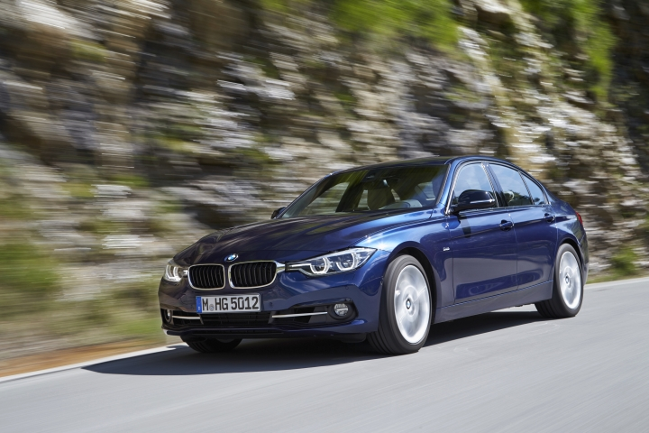 This photo provided by BMW shows the 2017 BMW 340i, an example of a vehicle that has features parents will love. One feature in particular is the car's rear window sunshades, which keep passengers in the back seat cool and protected from direct sunlight. (Fabian Kirchbauer/Courtesy of BMW of North America, LLC via AP)