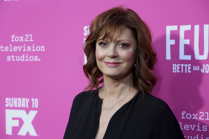 """FILE - In a Friday, April 21, 2017 file photo, Susan Sarandon arrives at the """"Feud: Bette and Joan"""" FYC screening at The Ebell of Los Angeles. Organizers of the Woodstock Film Festival say Sarandon will receive the Maverick Award on Oct. 14 at the the annual film festival in New York's Hudson Valley. (Photo by Willy Sanjuan/Invision/AP, File)"""
