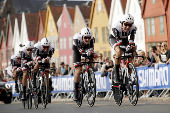 Team Sunweb in action during the Men's Team Time Trial in the UCI Road World Championships in Bergen, Norway, Sunday Sept. 17, 2017. (Cornelius Poppe/NTB Scanpix via AP)