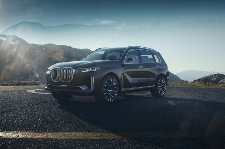 This photo provided by BMW shows the BMW X7 concept that was shown at the 2017 Frankfurt auto show. The largest SUV in BMW's lineup, the X7 will slot above the current X5 midsize SUV. Production of the BMW X7 is expected to start in late 2018. (Courtesy of BMW AG via AP)