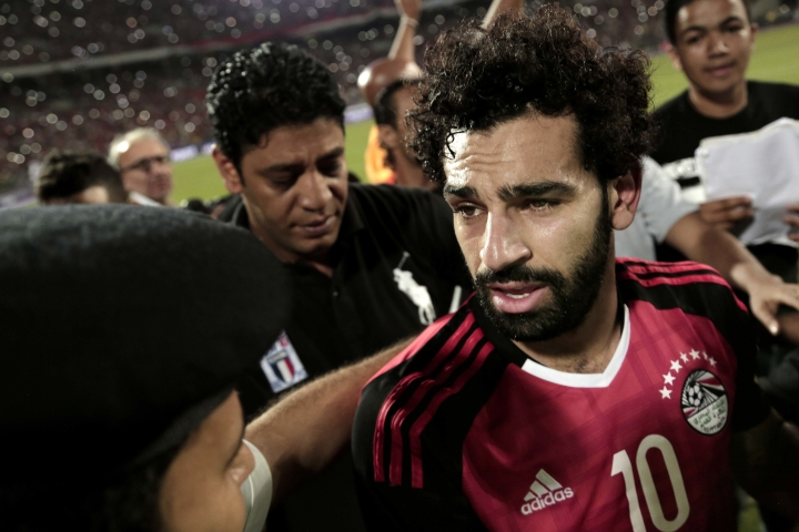 Egypt's Mohamed Salah celebrates after defeating Congo during the 2018 World Cup group E qualifying soccer match at the Borg El Arab Stadium in Alexandria, Egypt, Sunday, Oct. 8, 2017. Egypt won 2-1. (AP Photo/Nariman El-Mofty)