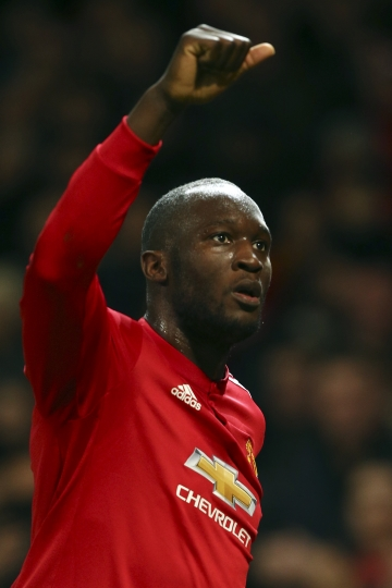 Manchester United's Romelu Lukaku celebrates after scoring his team first goal during the Champions League group A soccer match between Manchester United and CSKA Moscow in Manchester, England, Tuesday, Dec. 5, 2017. (AP Photo/Dave Thompson)