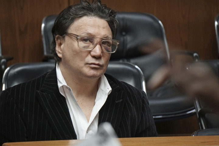 "Vinny Paz appears in court for assault charges on Wednesday, Jan. 3, 2018. The retired boxing champion whose comeback story after a car crash was dramatized in the 2016 film ""Bleed for This,"" has been accused of attacking a Rhode Island man and sending him to the hospital. (Sandor Bodo/Providence Journal via AP, Pool)"