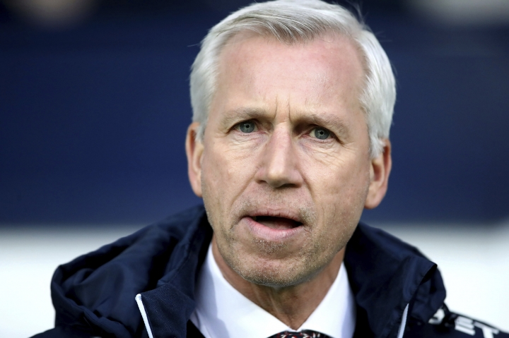 West Bromwich Albion manager Alan Pardew before the English Premier League soccer match against Brighton at The Hawthorns, West Bromwich, England, Saturday Jan. 13, 2018. (Nick Potts/PA via AP)