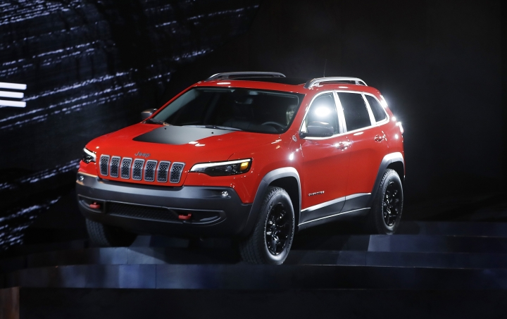 The 2019 Jeep Cherokee is unveiled during the North American International Auto Show, Tuesday, Jan. 16, 2018, in Detroit. (AP Photo/Carlos Osorio)