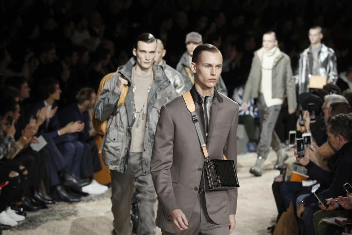 Models wear creations for Louis Vuitton men's Fall-Winter 2018/2019 fashion collection presented in Paris, Thursday, Jan.18, 2018. (AP Photo/Francois Mori)