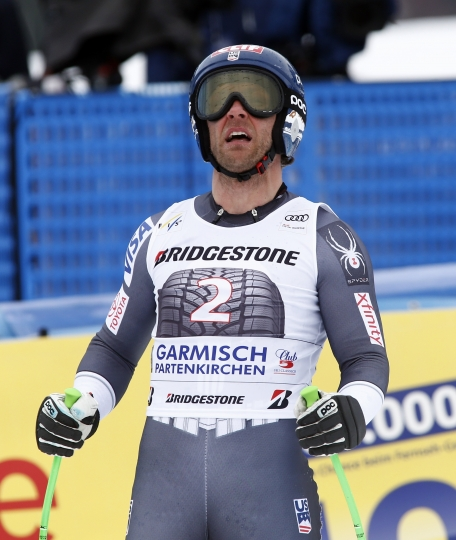 United States' Steven Nyman reaches the finish area after falling during an alpine ski, men's World Cup downhill training, in Garmisch Partenkirchen, Germany, Friday, Jan. 26, 2018. (AP Photo/Giovanni Auletta)