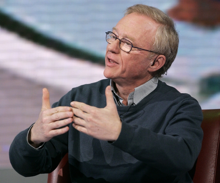 "FILE - In this March 25, 2009 file photo, Israeli author David Grossman makes a point during the taping of the TV show, ""Che tempo che fa,"" in Milan, Italy. Grossman has been awarded the country's highest literary accolade, the Israel Prize for Literature, for 2018. (AP Photo/Antonio Calanni, File)"