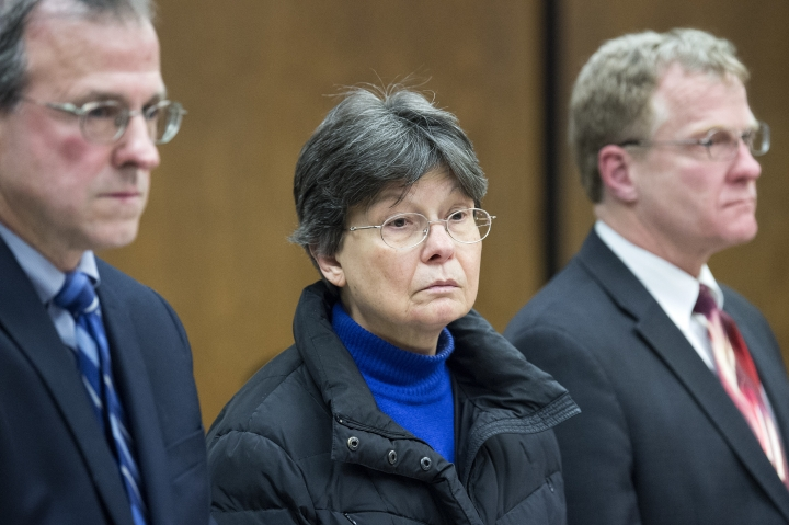 Linda Kosuda-Bigazzi, 70, center, appears at Bristol Superior court for a hearing on a murder charge, Tuesday, Feb. 13, 2018 in Bristol, Conn. Linda Kosuda-Bigazzi is charged with murder in the death of her husband, Dr. Pierluigi Bigazzi, a professor of laboratory science and pathology at UConn Health. (Patrick Raycraft/Hartford Courant via AP, Pool)