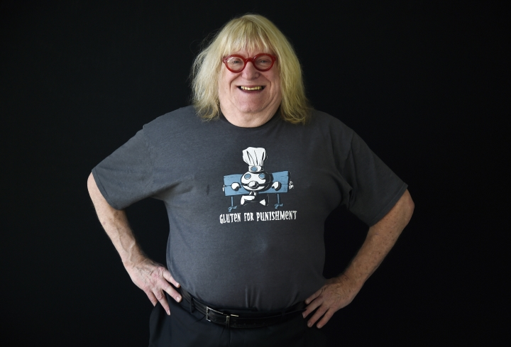"In this Feb. 6, 2018 photo, comedy writer Bruce Vilanch poses for a portrait in Los Angeles. Vilanch has made nearly two-dozen Oscar ceremonies funny and memorable. Vilanch isn't working on the Oscars airing ABC this year. Instead, he'll be watching comfortably at home. He was the subject of the 1999 documentary ""Get Bruce!"" about his life and work. (Photo by Chris Pizzello/Invision/AP, File)"