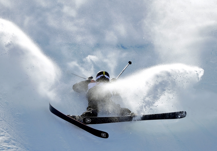 Mathilde Gremaud, of Switzerland, crashes during the women's slopestyle finals at Phoenix Snow Park at the 2018 Winter Olympics in Pyeongchang, South Korea, Saturday, Feb. 17, 2018. (AP Photo/Gregory Bull)