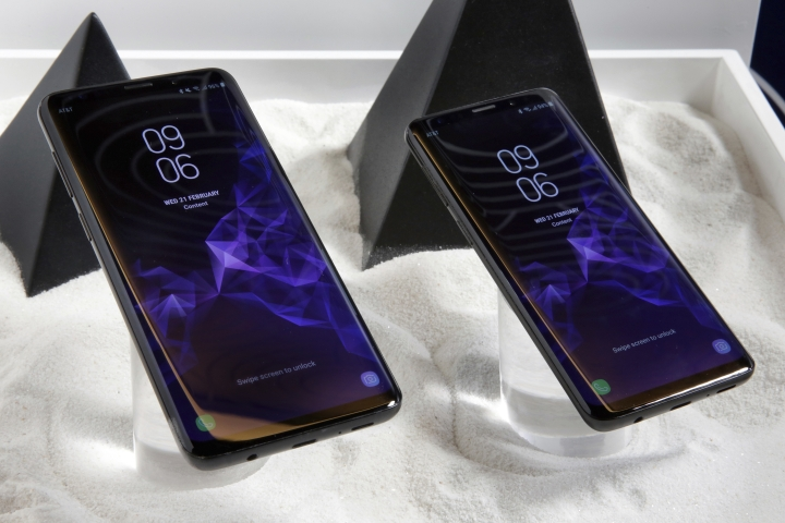 This Wednesday, Feb. 21, 2018, photo shows the Samsung Galaxy S9 Plus, left, and Galaxy S9 mobile phones are shown in this photo during a product preview in New York. The Galaxy S9 phones were unveiled Sunday, Feb. 25, in Barcelona, Spain, and will be available March 16. Advance orders begin this Friday. (AP Photo/Richard Drew)