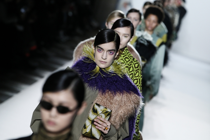 Models wear creations for Dries Van Noten's ready-to-wear fall/winter 2018/2019 fashion collection presented in Paris, Wednesday, Feb. 28, 2018. (AP Photo/Kamil Zihnioglu)