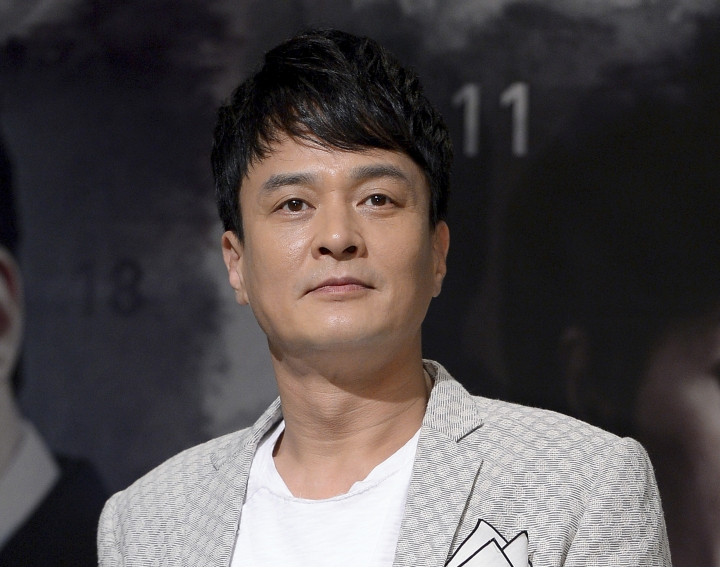 In this July 31, 2013, photo, South Korean actor Jo Min-ki poses during an event to promote his TV drama in Seoul, South Korea. Police and fire officials said Jo Min-ki was found dead in Seoul on Friday, March 9, 2018. Yonhap News agency said the death is being treated as a suicide, but police would not confirm that. (Kim In-chul/Newsis via AP)