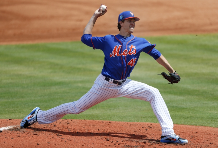 New York Mets starting pitcher Jacob deGrom (48) works in the second inning of a spring training baseball game against the Houston Astros, Sunday, March 11, 2018, in Port St. Lucie, Fla. (AP Photo/John Bazemore)