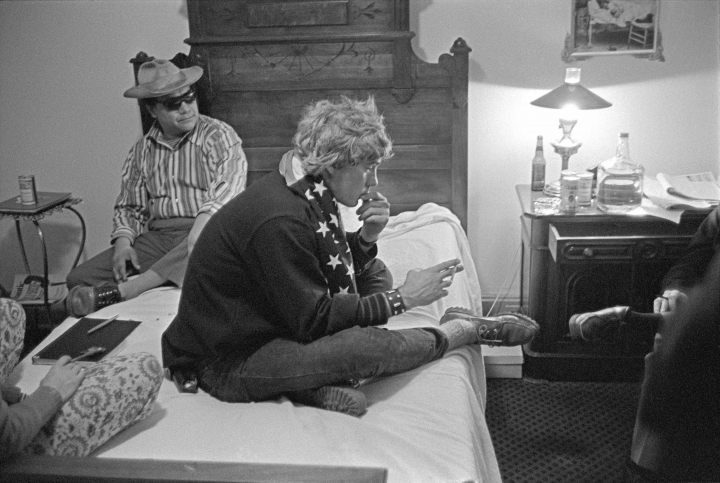 "This Oct. 1970 photo released by Bob Krueger shows Oscar Zeta Acosta, left, and Hunter S. Thompson at the Hotel Jermone in Aspen, Colo., to discuss Thompson's campaign to become sheriff. Acosta, a volatile Mexican-American writer who was the inspiration for Thompson's Dr. Gonzo in ""Fear and Loathing in Las Vegas,"" is the focus of a new PBS/VOCES documentary airing March 23. (AP Photo/ Courtesy of Bob Krueger)"