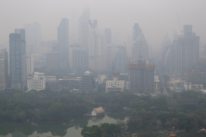 FILE PHOTO: The skyline is seen through morning air pollution in Bangkok, Thailand February 8, 2018. REUTERS/Athit Perawongmetha/File Photo