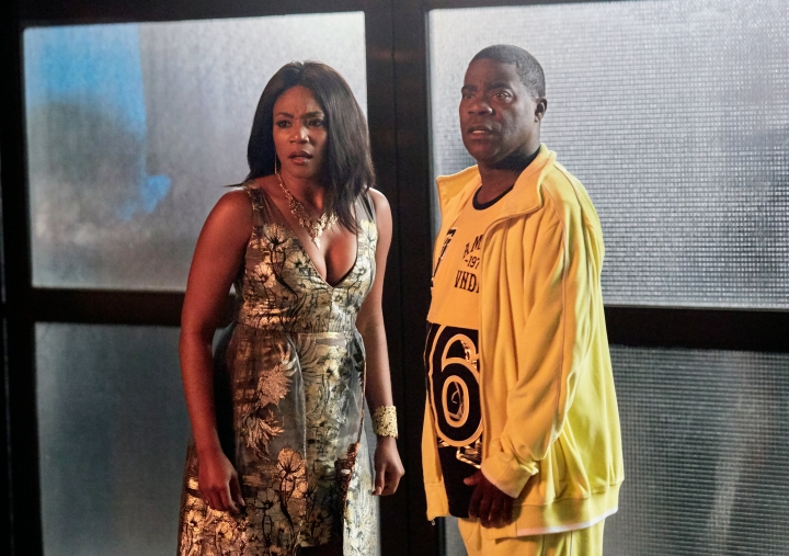 "This image released by TBS shows Tiffany Haddish, left, and Tracy Jordan in a scene from the comedy series, ""The Last O.G.,"" premiering on Tuesday. (Francisco Roman/TBS via AP)"